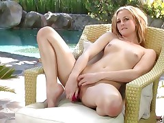 Sexy Tatum Woods loves toying her juicy wet slot