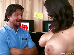A lovely brunette with biggest biggest billibongs and long hirsute darksome hair gets her tits massaged good by a lucky guy. She begins engulfing him off and playing with her nipples. Looking at her from this angle appears to be like that babe knows what that babe is doing. This guy just hopes he will get between her legs .