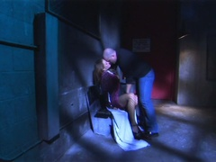 Excited brunette gets nailed in the darksome alley in hd