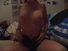 Sexy hawt girlfriend cumming and loving every minute of it. This babe is so fucking hawt you might cum without even jerking
