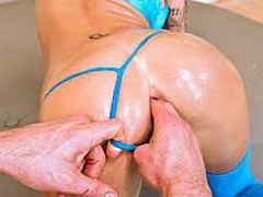 Watch Juelz Ventura getting her flawless round a-hole slammed inside out by a large hard pecker. That Sweetheart has a lovely pair of breasts and a insatiable passion for anal sex.