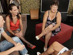 3 mature doxies share one hard shlong