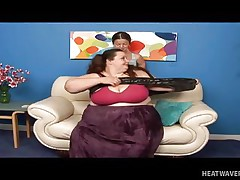 Anna Paige is a massive chubby whore and this babe widens her legs for this midget cutie. See her as this babe gets that slit licked hard on the sofa in advance of playing for a while. No matter the age, size and forms, these girls will always have fun whenever they can.